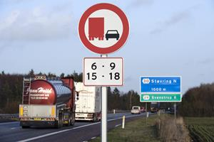 Forbud bliver udvidet: Mere motorvej uden elefantvæddeløb