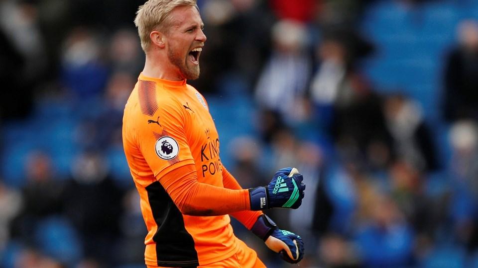 Kasper Schmeichel holdt målet rent for Leicester, der lørdag slog Brighton med 2-0 i Premier League. Foto: Scanpix/John Sibley