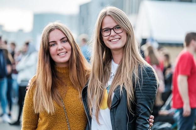 Her ses Amanda Würtz Bunk og Karoline Sparre Klitten, der begge starter på Kommunikation og digitale medier.