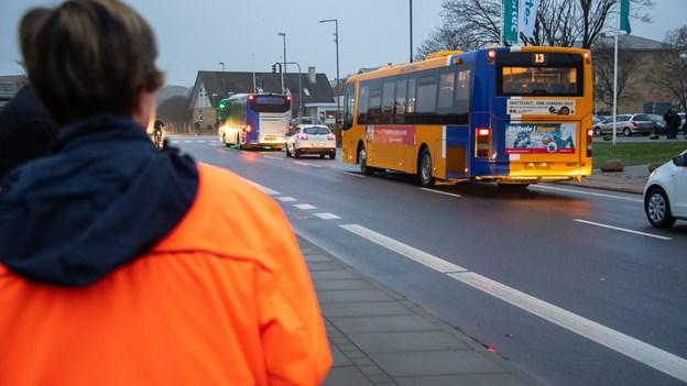 Færre bybusser i Frederikshavn - men ude på landet stiger servicen