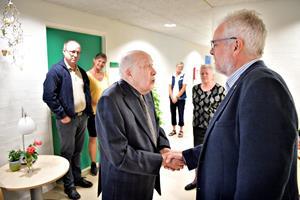 97-årige Christian blev genoplivet: Nu takker han borgmester for god pleje