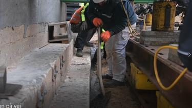 Den sidste beton: Murermester siger tusind tak til alle