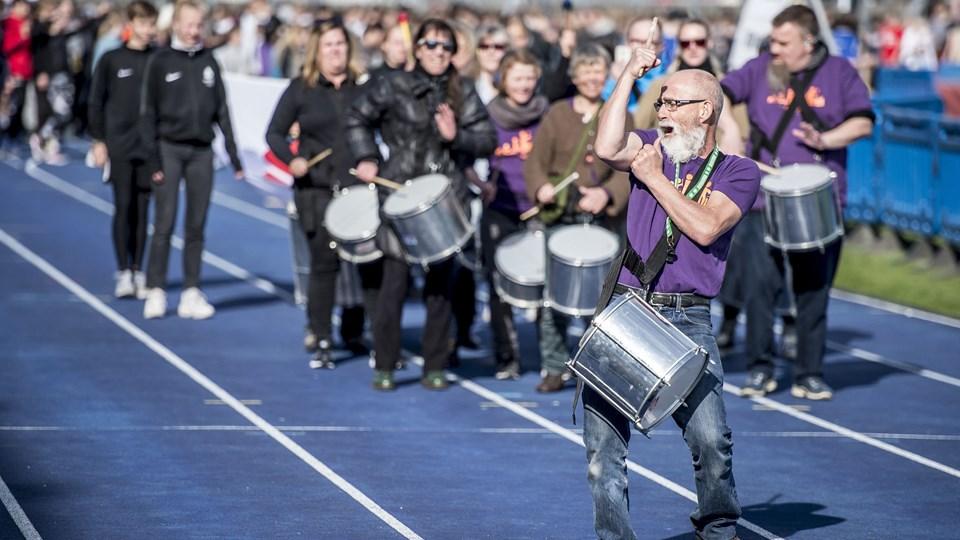 Da der blev afholdt skole-OL på Østerbro Stadion i København i maj, var interessen stor. Den interesse skal udnyttes til at skabe flere medlemmer, og det kan gøres ved at åbne atletiksporten mere op for alle, mener man i Dansk Atletik Forbund. Foto: Mads Claus Rasmussen/Ritzau Scanpix