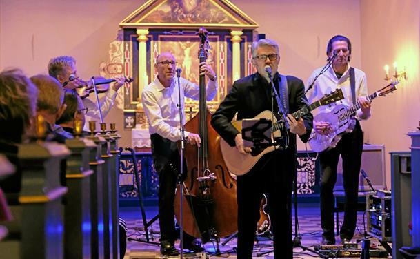 Storstilet Cash koncert i Lendum Kirke