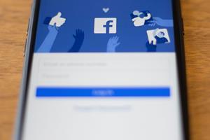 Annoncesalg giver Facebook bedre regnskab end ventet