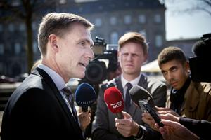 Thulesen forsøger at sætte tommelskruer på Mette F. om pension