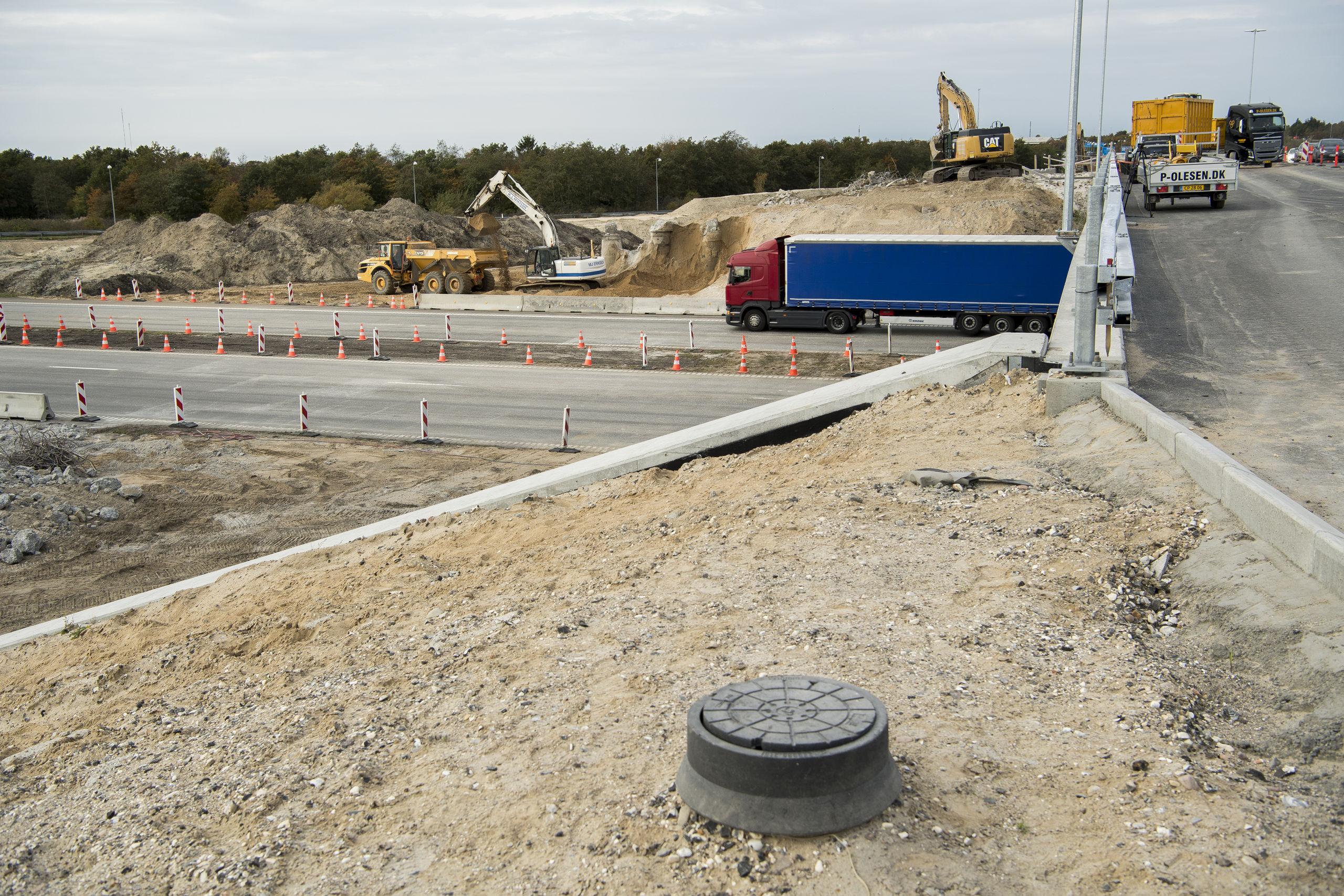 Arbejdet med at koble det eksisterende motorvejsnet og Egnsplanvej betyder ændringer for motorvejstrafikken fra i morgen, onsdag 21. november. Arkivfoto: Lars Pauli