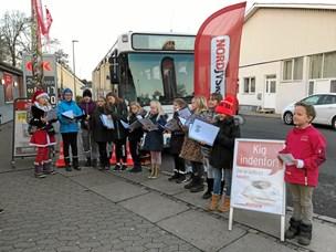 Se billederne: NORDJYSKE Bussen besøgte Øster Hornum