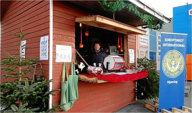 Fredag åbner Soroptimisterne igen deres julehytte i Hjørring. Privatfoto