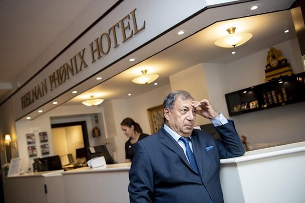 Kendt hotelejer kom til byen: Fyrede alle i køkken og restaurant