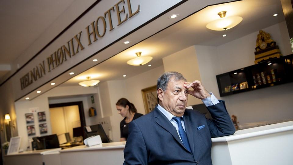 Hoteldirektør Enan Galaly har følt sig nødsaget til at opsige en stor gruppe ansatte, mens renovering står på. Arkivfoto: Mette Nielsen