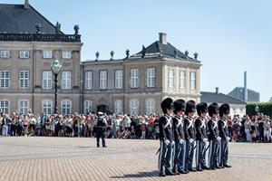 Amalienborg skal sikres mod terror