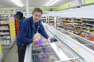 Kamp for lille butik fortsætter: Nu er der fundet mulig afløser for købmand