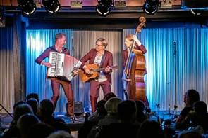 Koncert med visefortolkning Halfdanskerne spiller på Brønderslev Bibliotek