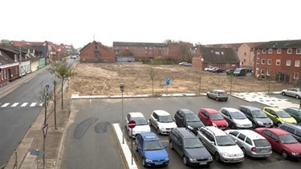 Det ny plejecenter skal opføres på Kvickly-grunden. Arkivfoto: Kurt Bering