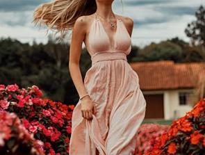 Sådan kan du pifte dit humør op med en smuk kjole