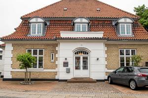 Statelig gammel ejendom til salg: Stort rykind i patriciervilla på Mors