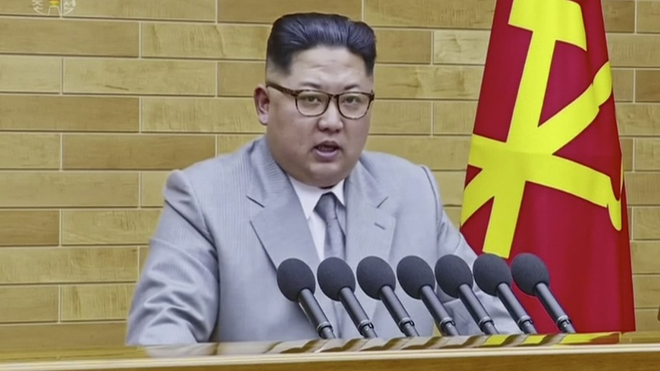 Nordkoreas leder Kim Jong-Un holdt nytårstale til folket, og her kom han også ind på muligheden for at deltage i vinter-OL i Sydkorea i februar. Foto: ritzau/AP