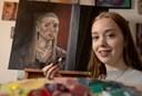 Stine fra Manna med i portræt-konkurrence på tv