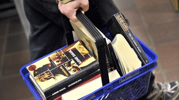 Biblioteket sælger ud: Scor en billig bog til de mørke dage