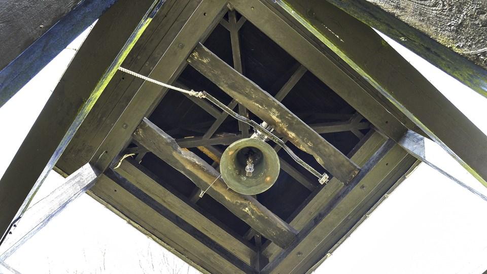 Et frivilligt laug vil frem over få kirkeklokkerne til at give lyd i Tolstrup, Stenum, Ø. Hjermitslev og Thise kirker. Arkivfoto