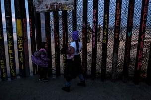 Syvårig migrantpige dør efter anholdelse på USA's grænse