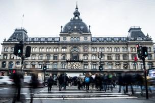Magasins ejer er i knibe - får købstilbud på danske centre