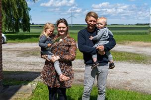 Rebecca og familien kæmper mod Hjortnæs mølleplaner: - Det vil vi ikke byde vores børn
