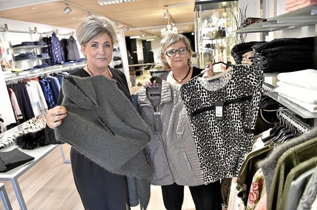 Hele denne afdeling skal tømmes, siger Sanne og Grethe Skaarup.Foto: Ole Iversen