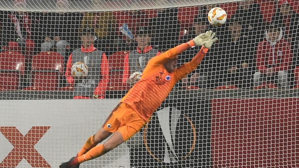 Stephan Andersen holdt målet rent for FC København i torsdagens udekamp mod Slavia Prag i Europa League.