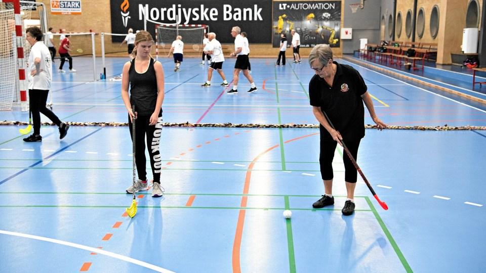 Der er så stor rift om pladsen i hallerne i Hjallerup, at idrætscentret nu gerne vil have bygget en tredje hal. Arkivfoto: Kurt Bering
