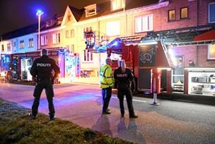 Brand midt i Aalborg: Tre reddet ud med stige