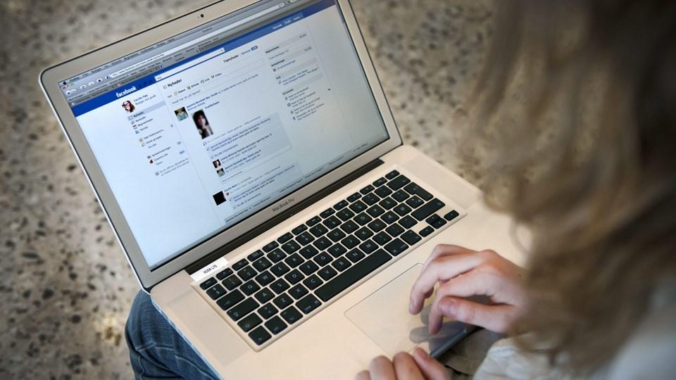 Den 20-årige opererede på Facebook og Messenger. Modelfoto: Torben Hansen