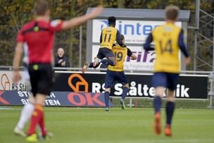 Schwung i tacklingerne: Klar rivalisering mellem Hobro og Vendsyssel