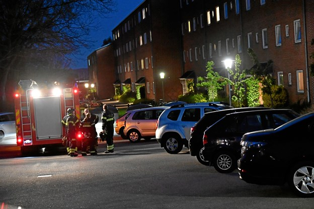 Brand i etageejendom: Beboere måtte evakueres