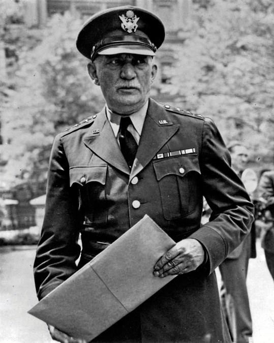 William S. Knudsen i uniform. GM Media Archive