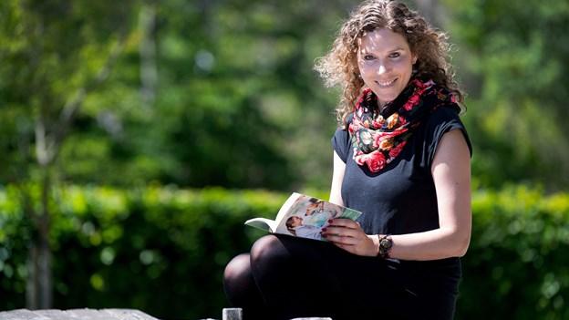 Birgitte er magister: Nu skriver hun kulørte kærlighedsromaner