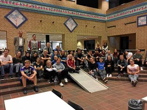 Østrigere og danskere samlet i aulaen på Vesthimmerlands Gymnasium og HF. Privatfoto