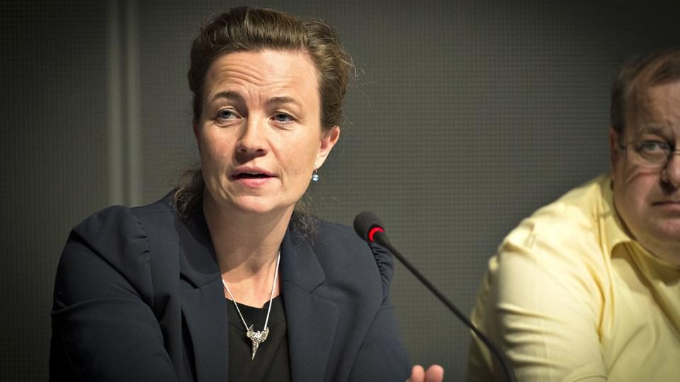 Rådmand Tina French Nielsen (V) og resten af skoleudvalget dropper forslaget om at spare på specialbefordring.