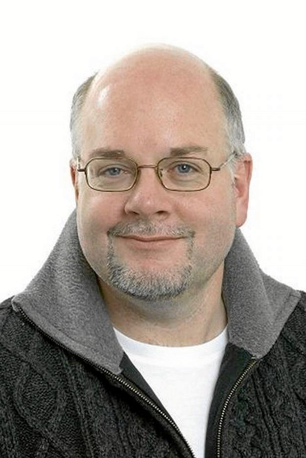 Mark Simon Russell
