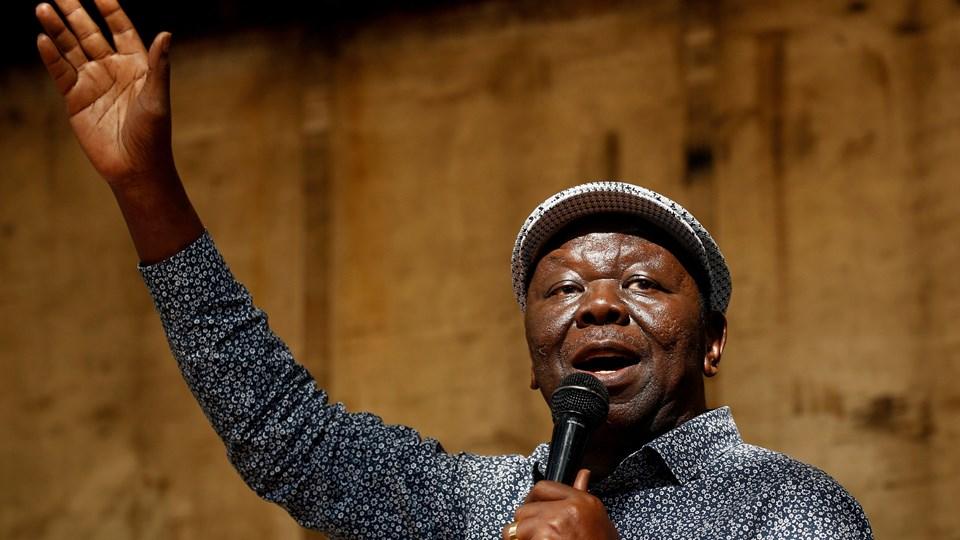 Zimbabwes mest fremtrædende oppositionsleder, Morgan Tsvangirai, er alvorligt syg og er indlagt på et hospital i Sydafrika. Hans tilhængere bør forberede sig på det værste, siger en kilde i partiet med kendskab til hans tilstand. Foto: Reuters/Mike Hutchings