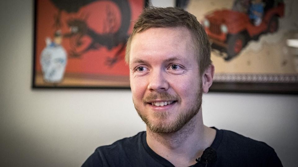Lasse Pedersen bor i dag sammen med sin kæreste i Aalborg Øst.