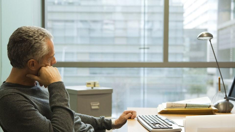 På arbejdspladsen brokker vi os oftest over lederen, arbejdsopgaverne og arbejdsforholdene. Foto: Free/Sigrid Olsson