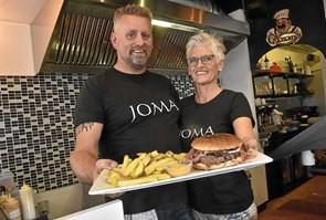 JOMA Burgerbar åbner i dag onsdag