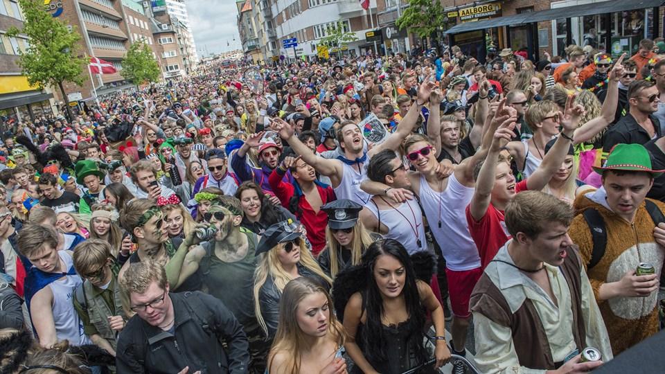 Trods de mange deltagere endte Aalborg Karneval 2015 med underskud. Foto: Martin Damgård