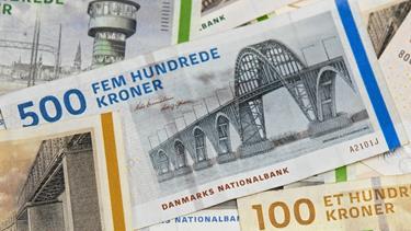 Manglede penge til en luder: 19-årig printede sine egne 500-kronesedler