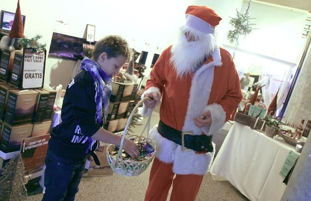 Julemanden får travlt i den kommende weekend, hvor der er julemesse i Nordsø Akvariet i Vorupør. Arkivfoto: Diana Holm