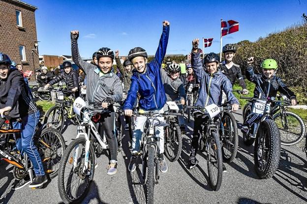 Hanstholm Skoles elever var mere end klar til at trampe for deres skole. Foto: Ole Iversen