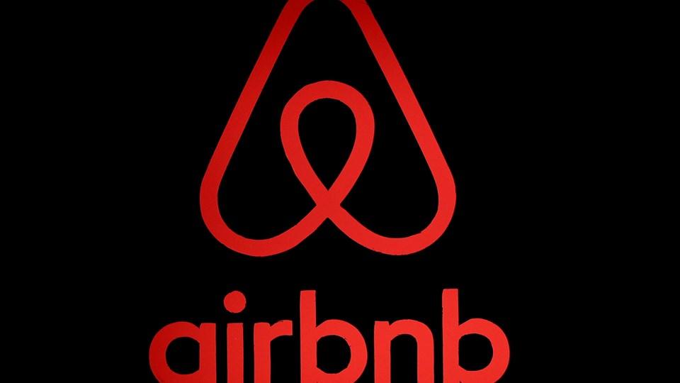Airbnb vil begynde at dele sine kunders indkomstdata med skattemyndighederne fra sommeren 2019. Det skriver Airbnb i en pressemeddelelse.