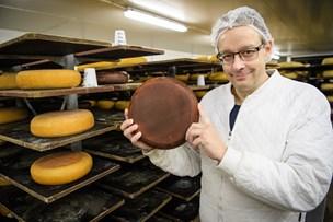 International guldmedalje til  nordjysk ost: - Jeg er ikke god til at prale, men det er nødvendigt nu